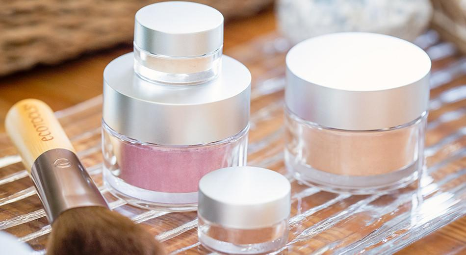 Under-Eye Dark Circles & Broken Blood Vessels? Let's Camouflage Them with Mineral Cosmetics!