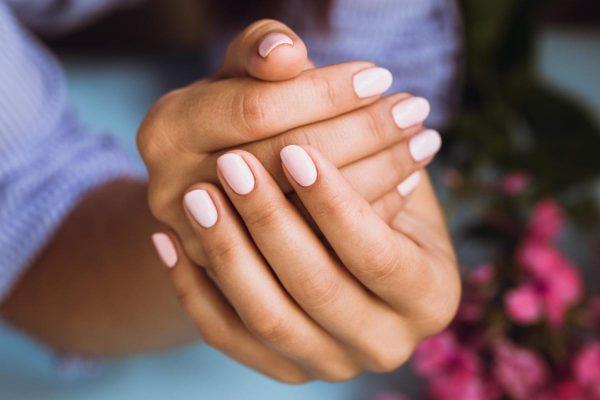 Hybrid manicure step by step. How do I do it?
