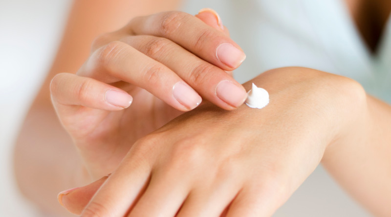 Beauty at your fingertips – how to care for your hands? Methods for dry hands