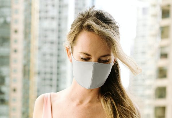 Skin Under a Face Mask. How to Wear It to Steer Clear of Breakouts?